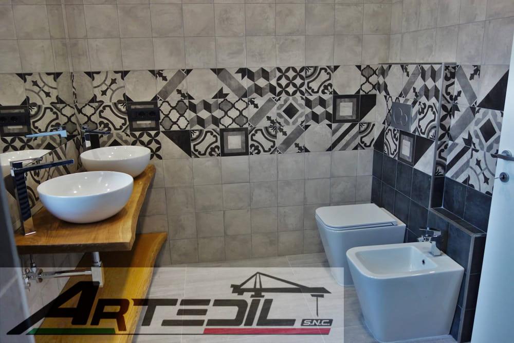 sanitari con vaschetta a muro, lavabi da appoggio